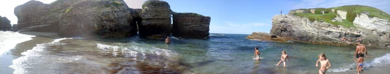 O sentido da vida é saltar em poças de água.